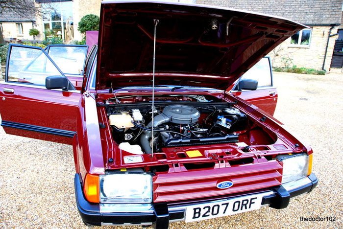 1985 mk2 ford granada 2.8 gl auto engine bay 1