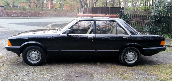 1981 Ford Granada 2.1 DL Left Side