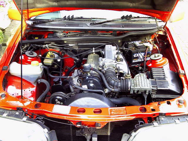 1988 ford sierra 2.0i ghia engine bay