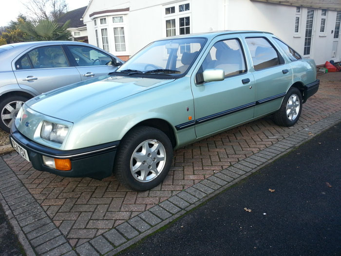 1982 Ford Sierra 2.0 Ghia Side