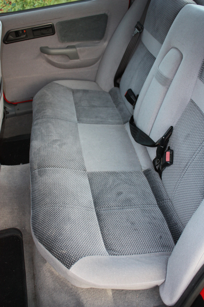 1989 Ford Sierra 2.0 EFI Ghia Rear Seats