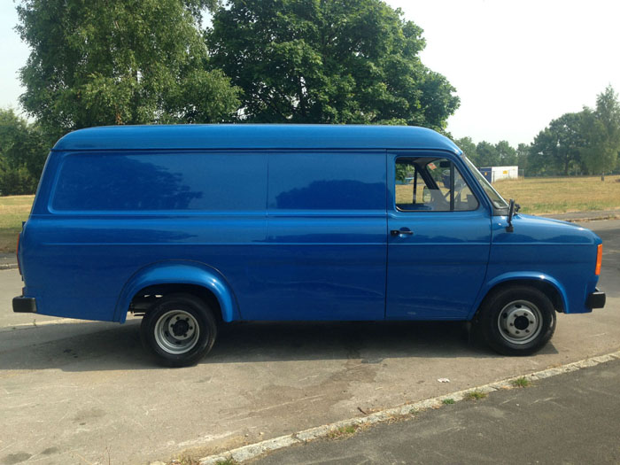 1981 Ford Transit 2000cc Petrol Right Side