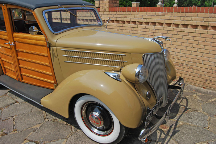 1936 Ford Woodie Station Wagon Front