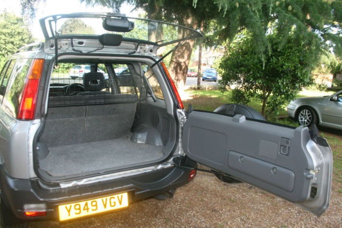 2001 honda cr-v special edition 4wd boot