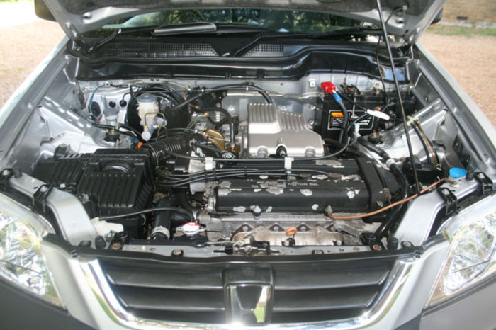 2001 honda cr-v special edition 4wd engine bay