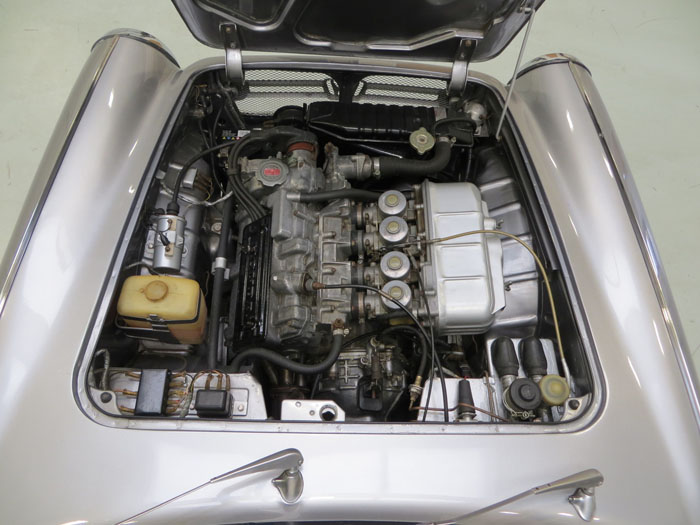 honda s800 coupe engine bay