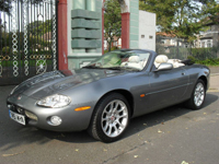 561 2002 jaguar xkr 4.0 supercharge automatic convertible grey icon