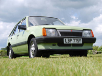 97 1982 vauxhall cavalier 1.6l 5 door icon