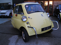 730 1960 BMW Isetta Bubble Car Icon