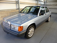 945 1991 Mercedes-Benz 190E Icon