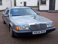 1143 1990 Mercedes-Benz W124 230E Icon