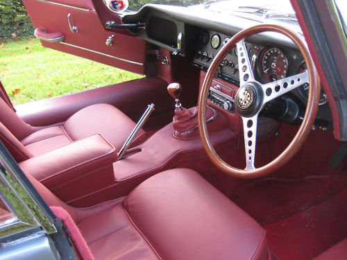 1964 jaguar e type interior 2