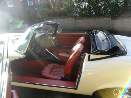 1973 jaguar 5.3 v12 roadster interior 1