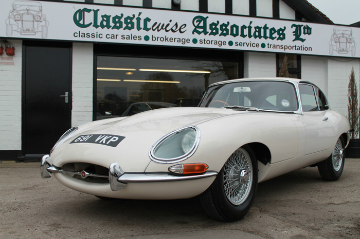 1963 Jaguar E-Type S1 FHC 1
