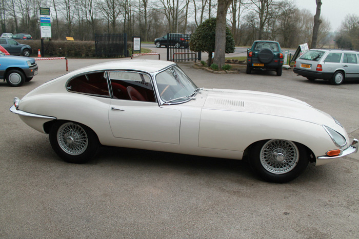 1963 Jaguar E-Type S1 FHC Right Side