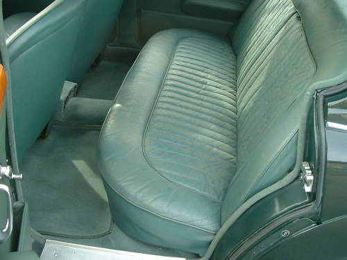 jaguar mk2 2.4 manual overdrive interior 2