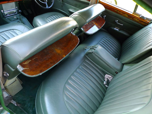 1961 jaguar mk ii 3.8 litre manual interior 3