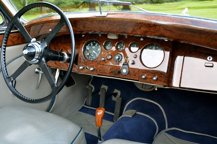 1950 jaguar mark v 3.5 litre dashboard