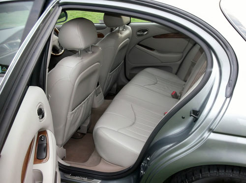 2001 Jaguar S-Type V6 SE Rear Interior