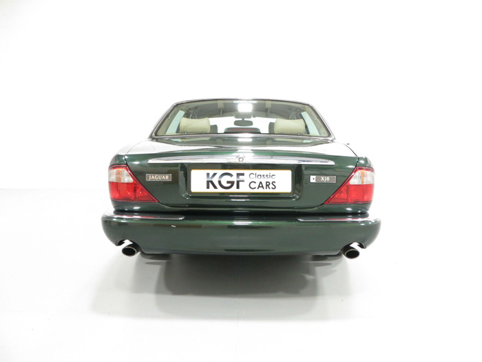 1998 Jaguar XJ8 3.2 Back