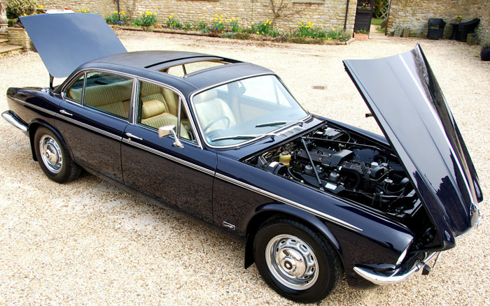 1976 Jaguar XJ6 Series 2 4.2 1