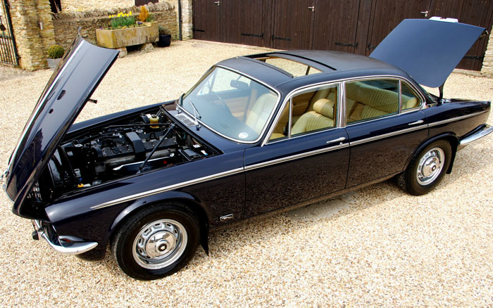 1976 Jaguar XJ6 Series 2 4.2 2