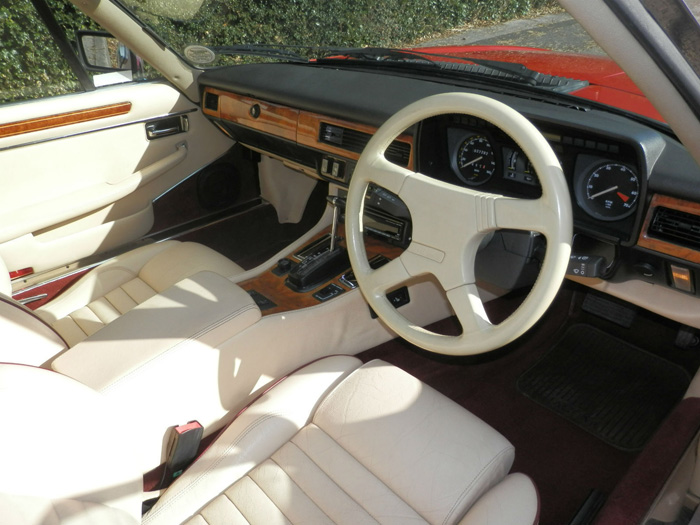1990 Jaguar XJ-S 5.3 V12 Interior 1