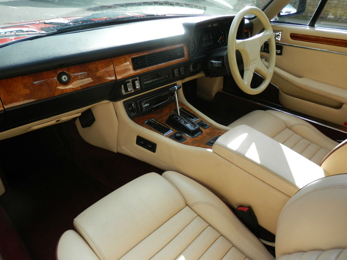 1990 Jaguar XJ-S 5.3 V12 Interior 2