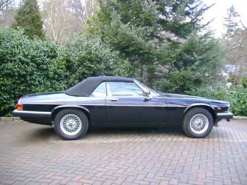 jaguar xjs v12 auto convertible in black ivory leather 4