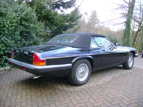 jaguar xjs v12 auto convertible in black ivory leather 7