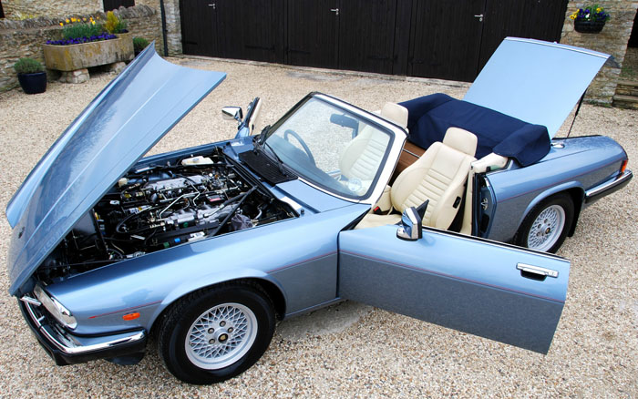 1988 Jaguar XJ-S V12 Doors Open 1