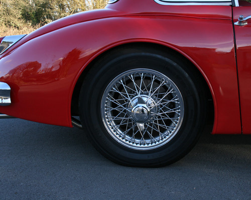 1958 Jaguar XK-150 SE FHC Wheel