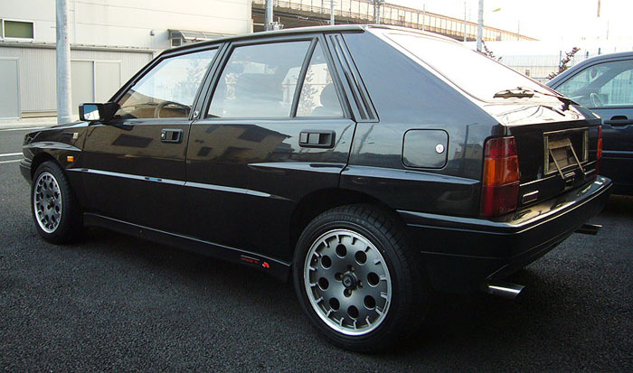 1992 lancia integrale 16v delta hf turbo 4