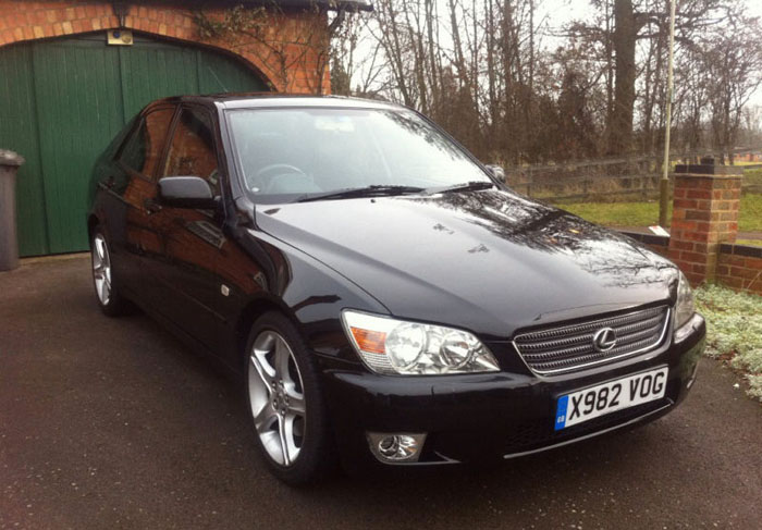 2000 lexus is200 sport black 1