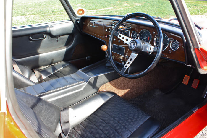 1968 lotus elan s3 fhc interior 2