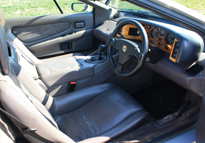 1990 lotus esprit turbo se interior