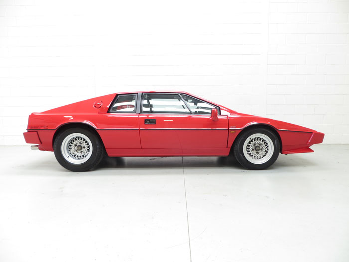 1986 Lotus Esprit Series 3 Right Side