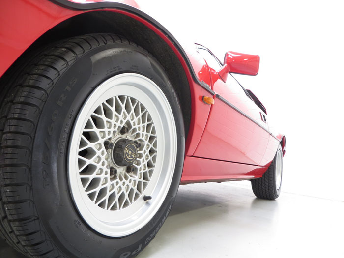 1986 Lotus Esprit Series 3 Wheel Side
