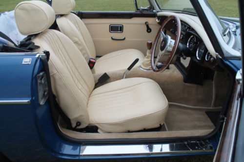 1970 MGB Roadster Interior