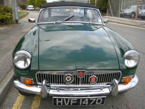 mgb 1800cc roadster new heritage shell 1