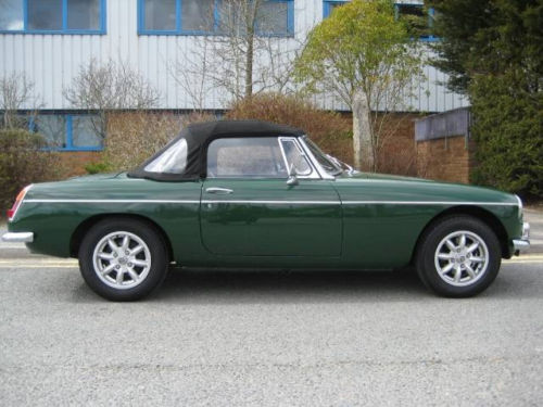 mgb 1800cc roadster new heritage shell 2