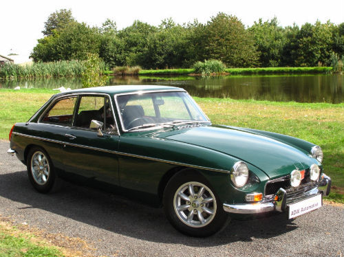 1972 mg b gt coupe british racing green 1
