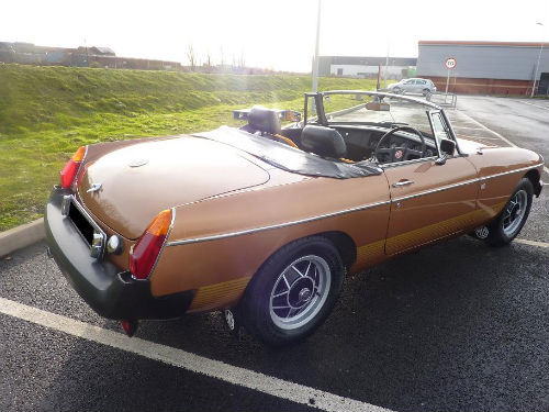 1981 mgb le roadster 3