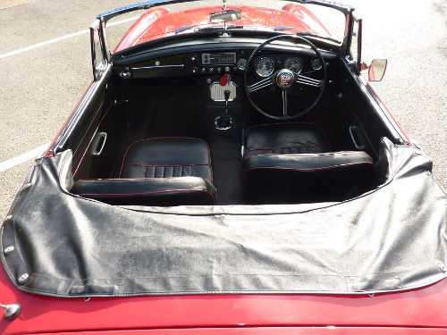 1965 mgb roadster rare pull handle model unleaded head interior 1