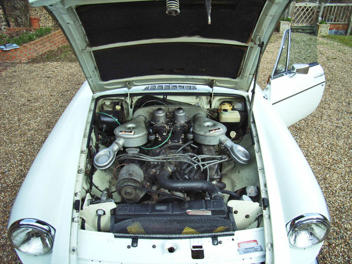1974 mgb gt v8 factory car engine bay