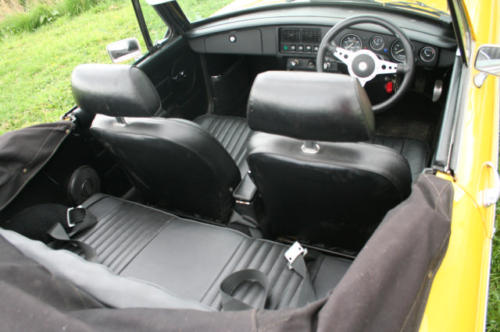 1979 mg b roadster 22 v8 by lenham interior