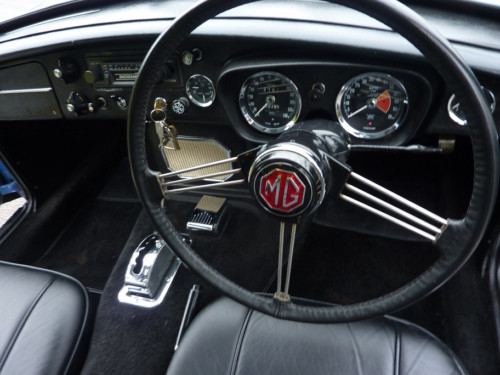 1969 mgc gt automatic dashboard