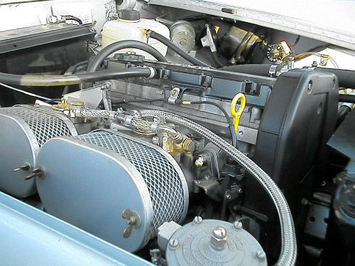 1972 mg midget in silver engine