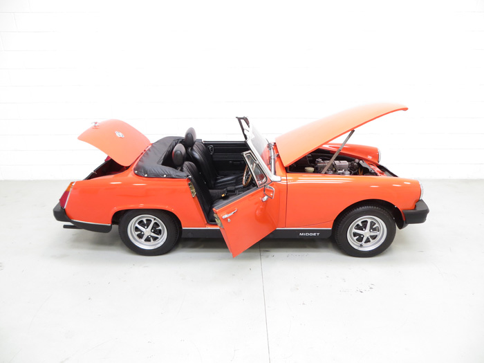 1978 MG Midget 1500 Right Side Doors Open