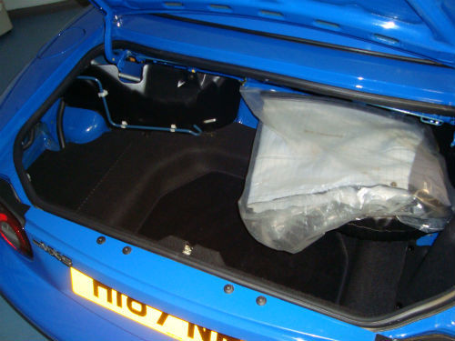 1991 Mazda MX 5 Sports Convertible Boot